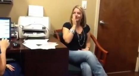涙線崩壊…生まれて初めて家族の声を聞いた26歳女性の動画   kininatta   Scoop.it