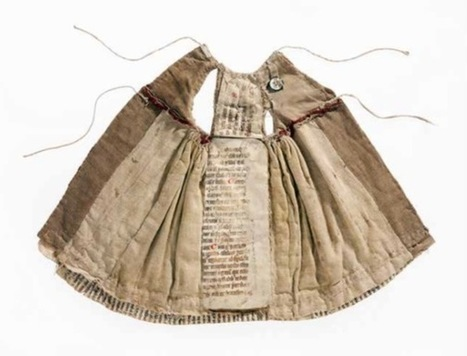 Wearable Books: Medieval Manuscripts Were Recycled & Turned into Clothes | Navigate | Scoop.it