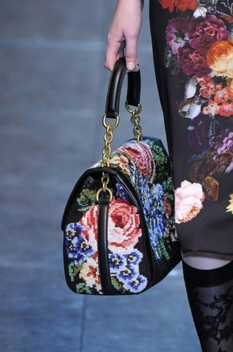 Whatever your mediam how would you interpret #TrendFinder: Fall Florals | peaceful lady | Scoop.it
