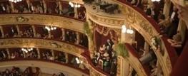 Il caso. La crisi taglia (anche) gli abiti alla moda per le prime al Regio o alla Scala | Barbadillo | notizie e post dal blog di giovanni fonghini e da altri siti | Scoop.it