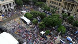 Masivas protestas en Río de Janeiro por proyecto para redistribuir ingreso petrolero   Un poco del mundo para Colombia   Scoop.it