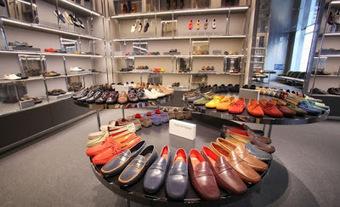Selfridge's, les anglais et leurs driving shoes   Chaussures Homme   Scoop.it