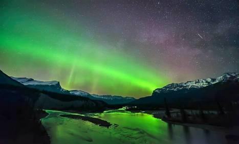 Milkyway with Aurora - This was shot in Banff.   Beautiful Photography   Scoop.it