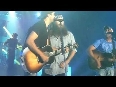 Willie Robertson Singing with Darius Rucker | Financial Fitness Club | Scoop.it