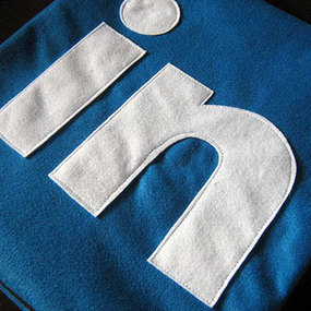 How LinkedIn Is Beating Facebook | Linguagem Virtual | Scoop.it