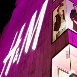 H&M, anche il low cost segna meno nel trimestre   Fashion Model Innovation   Scoop.it