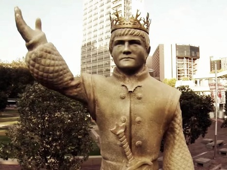 'Game Of Thrones' Fans Can Tear Down A Giant King Joffrey Statue Using Twitter   Integrated Marketing Communications 2014   Scoop.it