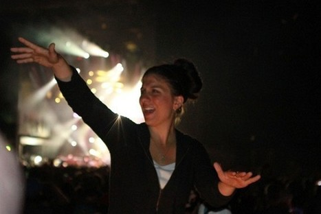 Meet Holly Maniatty, the Wu-Tang Clan's Sign Language Interpreter | Disability Pride | Scoop.it
