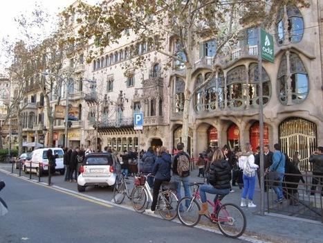 Photos of Passeig De Gracia Street | Barcelona City Travel - Barcelona Trip Advisor And Tips - Barcelona Guide | Barcelona City Travel Guide | Scoop.it