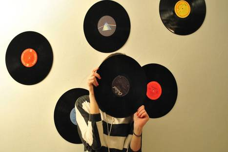 Consumers are moving to the cloud…so why are people still buying vinyl records? | Music Evolution | Scoop.it