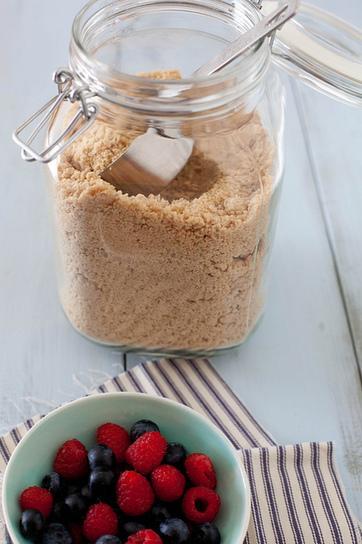 Baking with Whole Grains: Whole Grain Pancake Mix | Annie's Eats | Breadmaking | Scoop.it