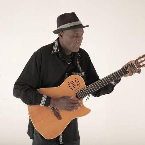 Oliver 'Tuku' Mtukudzi - Legendary Zimbabwean musician   ABC (Australie)   Kiosque du monde : Afrique   Scoop.it