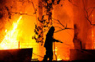 AUSTRALIA BURNING: Australia bushfires rage out...