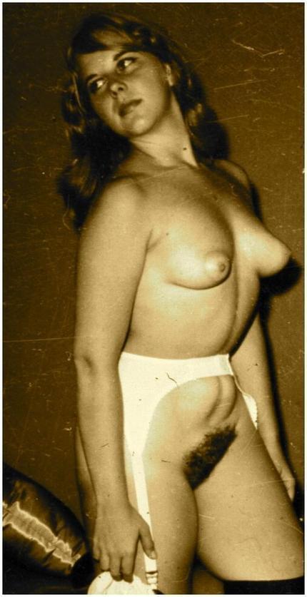 Twitter / pink_erotica: 000569 #vintage #retro #tinytits ... | vintage nudes | Scoop.it