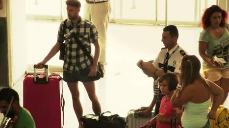 Heraklion airport Flashmob, Orquesta de Cámara de Siero - YouTube | Flashmob | Scoop.it