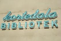 Kortedala och Gamlestadens biblioteksblogg: Fackboktipset om Anne Boleyn och John Lennon | BiblFeed | Scoop.it