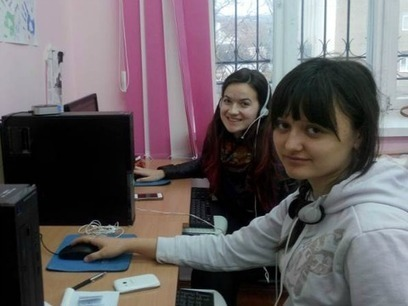 How Can Tech Help Girls Improve Their Lives? | Women and development | Scoop.it