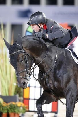 John Whitaker narrowly misses victory in epic battle between legends in Lausanne   Red Horse News   Scoop.it