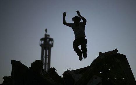 Du parkour dans les ruines de Gaza | Le sport en milieu urbain | Scoop.it