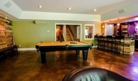 Basement of the Week: Personality and Amenities Create a Comfy Lounge | HOMEspaces | Scoop.it