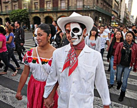 El Día de Los Muertos is one of the biggest...   Día de los muertos   Scoop.it