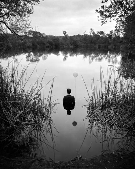 Photographer Documents His Own Depression In Dark Self-Portraits   Amazing Online Magazine   Scoop.it