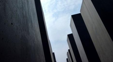À Berlin, le Mémorial de l'Holocauste s'effondre lentement - Slate.fr   Les lieux de légendes, d'hier et d'aujourd'hui   Scoop.it