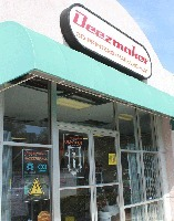 Deezmaker's 3D Printer Store and Hackerspace in Pasadena | Big and Open Data, FabLab, Internet of things | Scoop.it