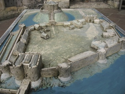 Medieval Castle Layout: A Typical Castle Layout, Explaining Different Areas and Buildings | Castles | Scoop.it