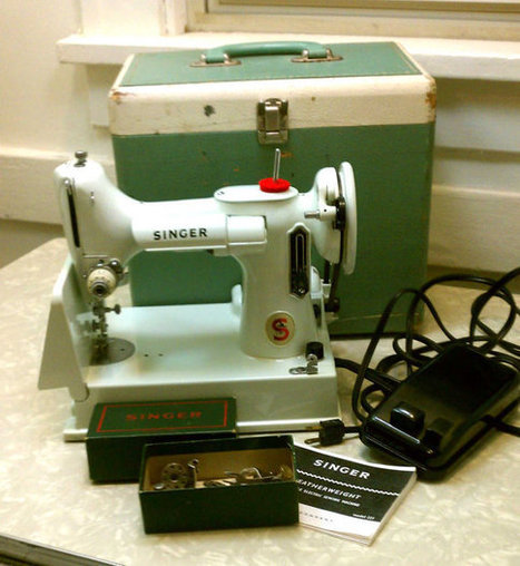 Vintage Singer Featherweight Portable Sewing Machine RARE White 221 K Model Mid Century Modern with Case & Extras | Vintage Living Today For A Future Tomorrow | Scoop.it