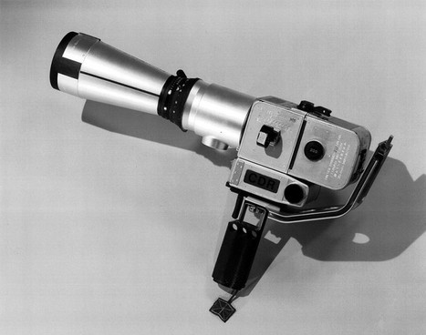 First Telephoto Lens Used on the Moon Up for Auction, Lunar Dust Included   L'actualité de l'argentique   Scoop.it