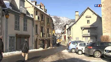 Arreau, un joli village entre deux eaux - Vidéo replay du journal televise : Le journal de 13h - TF1   Vallée d'Aure - Pyrénées   Scoop.it
