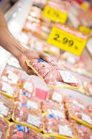 Moins d'emballages alimentaires pour réduire l'exposition au bisphénol A et aux phtalates | Finis ton assiette | Scoop.it