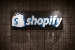 Shopify Tracks the Most Spendy Social Networks [Infographic] - SocialTimes | Miscellaneous Blogs, Articles, and Stories | Scoop.it