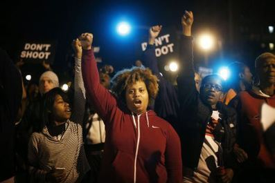 Women And Children Are Among Those Holding The Front-Lines Of Ferguson | SocialAction2014 | Scoop.it