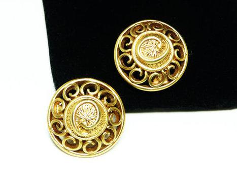 Oscar de La Renta Earrings - Round Modernist Scrolled Button Style Clip Earrings - Designer Signed Satin Goldtone Design | Vintage Jewelry and Other Vintage Treasures | Scoop.it