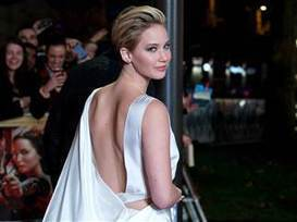 Jennifer Lawrence leaves red carpet to comfort fan in wheelchair - TODAY.com | Disability and Society | Scoop.it