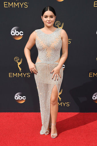 Stunning Dresses From 2016 Emmy Awards » Celebrity Fashion, Outfit Trends And Beauty News | Celebrities | Scoop.it
