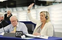 "EUobserver / Russia invites EU far-right to observe Crimea vote | La montée de ""l'extrême droite"" en Europe | Scoop.it"