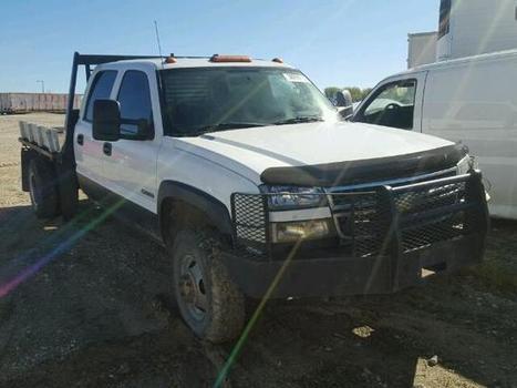 2004 white Chevrolet Silverado on Sale in Columbia, MO | Online Auto Sale | Scoop.it