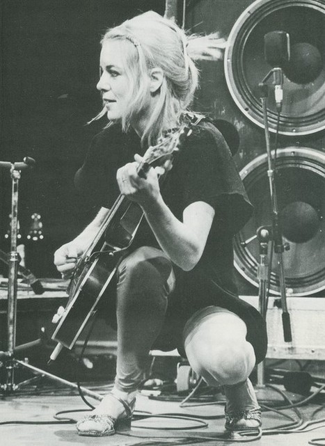 PHOTO: Tina Weymouth (Talking Heads)  | SongsSmiths | Scoop.it