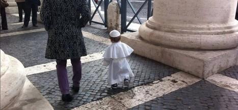 Carnevale: bambino vestito da Papa conquista il web | WDonna.it | Scoop.it