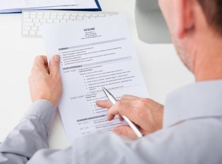 Photograph on your CV - Career Advice - DJGC Jobs Paris   Finance Recruitment London & Paris   Scoop.it
