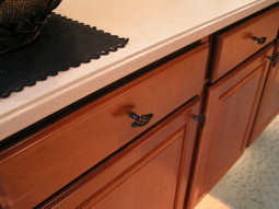 Spring Freshening With Some New Kitchen Cabinet Hardware | Custom Cabinet | Scoop.it