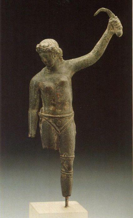 Estatua de una mujer gladiadora | Ollarios | Scoop.it