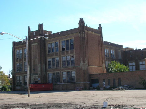 One Cleveland Junior High School - A Blue Horse and Flowers   Poetry   Scoop.it