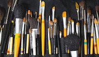 BellaSugar's Guide To Makeup Brush Hair Types | Make up - brushes | Scoop.it