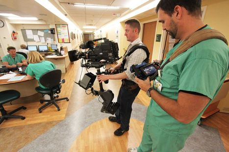 Docs embrace social media in hospital system     Kathie Melocco - Health Care Social Media Tips   Scoop.it