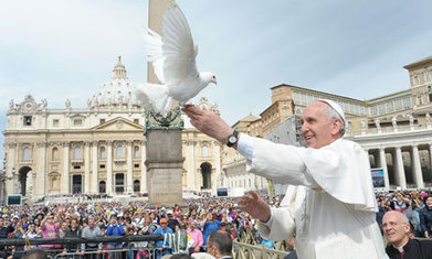 Pope Francis attacks 'cult of money' in reform call | The Bottom Line | Scoop.it