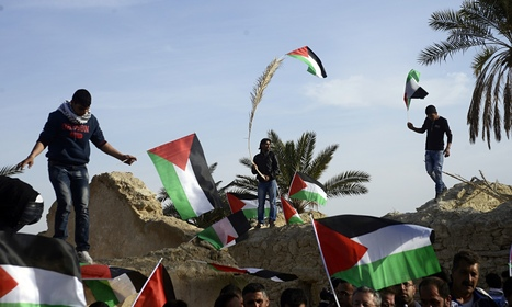 Defiance and sadness as Palestinians forced off West Bank protest site   Palestine and the Occupation   Scoop.it
